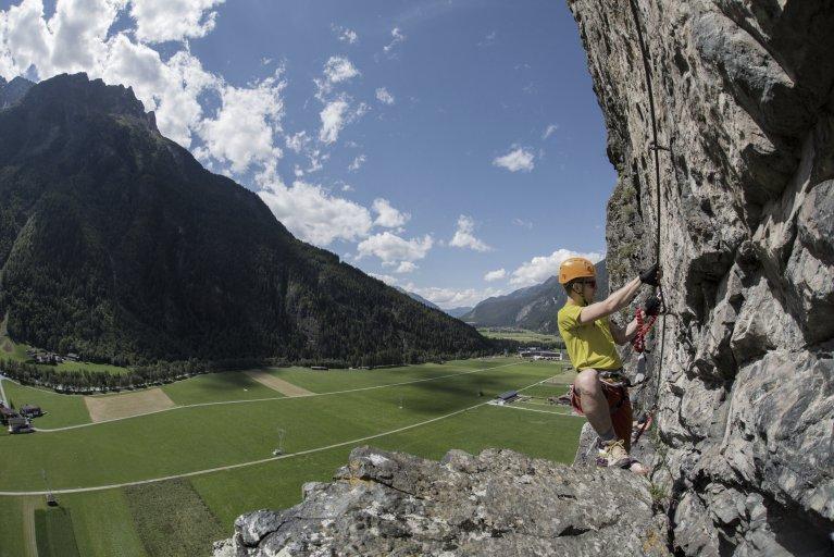 Klettersteig Längenfeld : Klettern in längenfeld appartements tirol